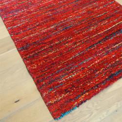 Tapis shaggy Lignes rouges moucheté - 140x200cm - SHERPA